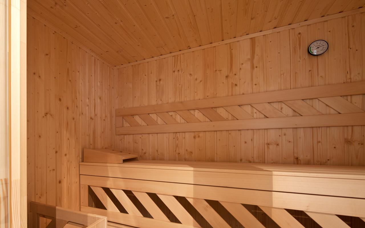 In der Sauna der Suite Liz können Sie sich verwöhnen lassen.