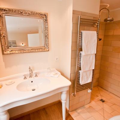 Die Badausstattung des Zimmer Grace ist einzigartig elegant
